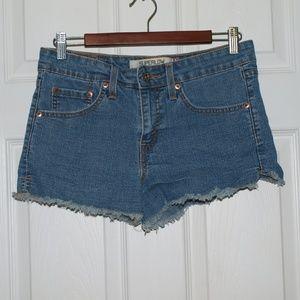 Levi's 518 Super Low shorts